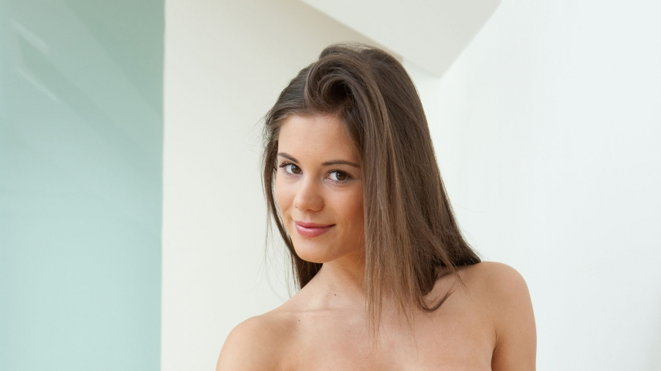 pictures of naked sister