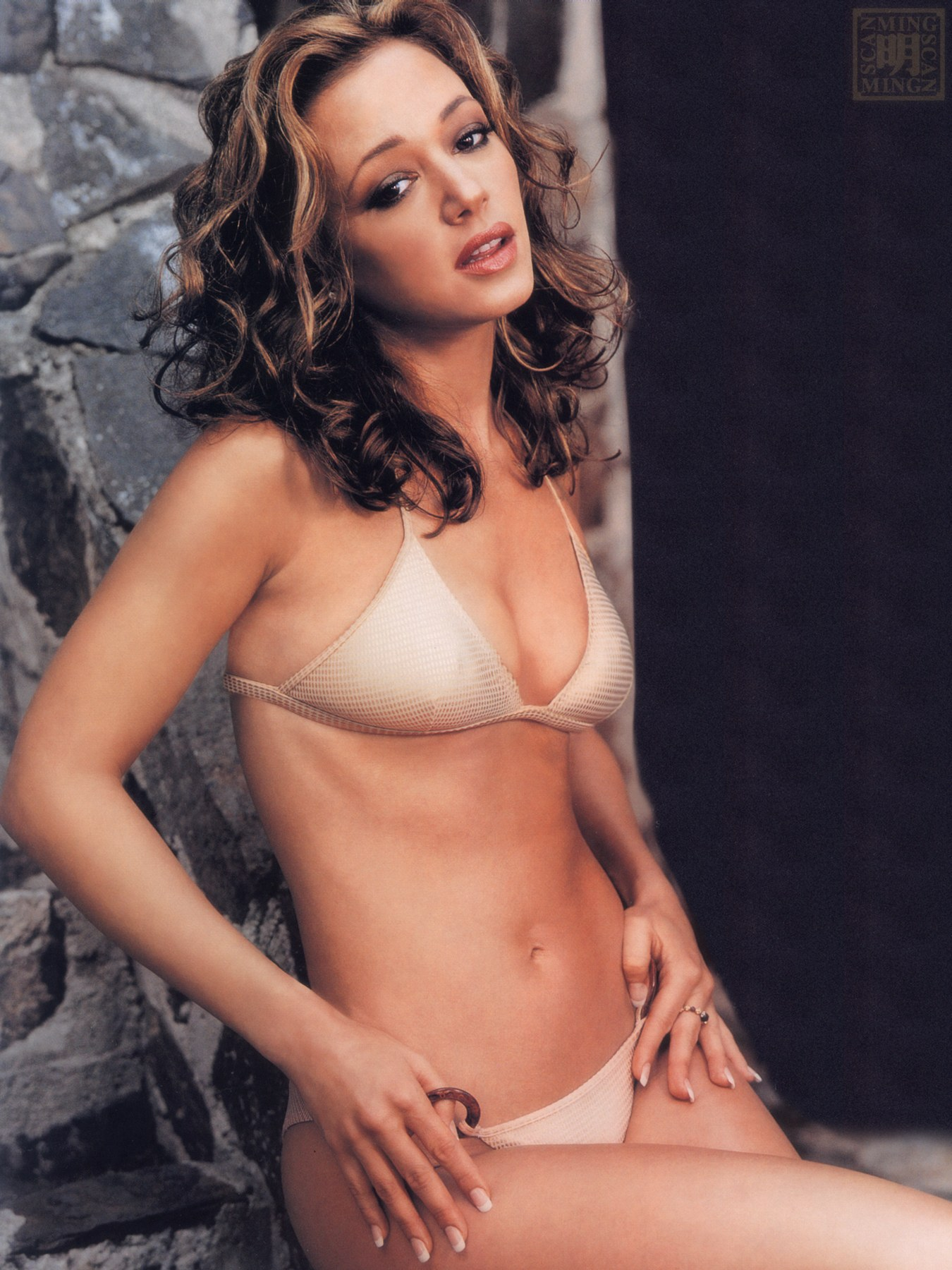 leah-remini-in-naked-its-not-easy-being-green-dick